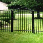 Black Flattop with Arched Single Gate